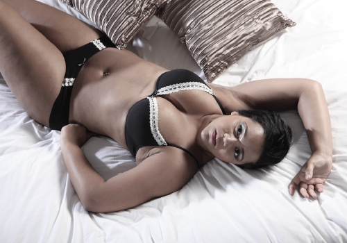 Entice Me Sexual Wellness Coaching Featured Image - boudoir photo of woman